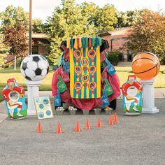 Sports Trunk-or-Treat Décor Idea Halloween Carnival, Halloween Treats, Fall Halloween, Halloween Decorations, Halloween Costumes, Truck Or Treat, Church Events, Fall Fest, Alice In Wonderland