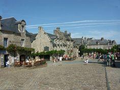 Locronan, petite cité de caractère du Finistère (Bretagne)