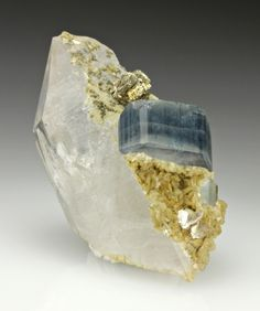 Fluorapatite with Quartz, Pyrite, and Siderite from Portugal / Mineral Friends <3