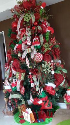 xmas trees christmas decorations merry christmas candy land ideas para atlantis christmas christmas decoration snow