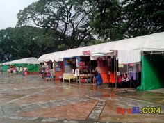 QC Memorial Circle Tiangge Bazaar Commonwealth Ave side Photo 5