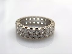 twins memoire ring with diamonds in white gold