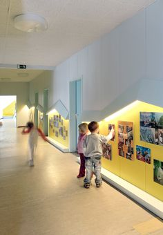 An unusual and low cost building design for Taka-Tuka-Land Kindergarten, Berlin Kindergarten Interior, Kindergarten Design, Daycare Design, Classroom Design, Kids Cafe, Kids Library, Hospital Design, Education Architecture, Kid Spaces