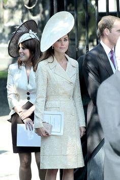 So elegant! She wears it well.