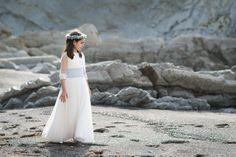 Naiara, preciosa vestida de Comunión por NOVELLE: Wedding Dresses, Fashion, Communion Dresses, Sleeved Wedding Dresses, Elegant, Pictures, Bride Dresses, Moda, Bridal Gowns