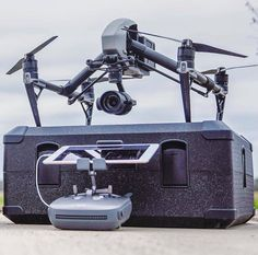 Build Your Own Drone, Ar Drone, Quad, Dji Phantom 3, Drone Technology, Electronics Projects, Radio Control, Aerial Photography, Inventions