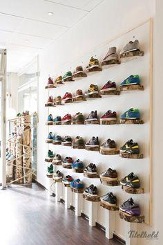 Titelheld Sneaker Shop Hamburg - Germany | snaces.com - best sneaker store guide