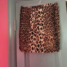 Tan and black cheetah print mini skirt Tan and black cheetah print mini skirt Forever 21 Skirts Mini