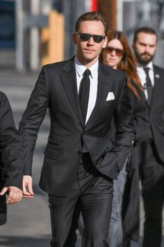 Tom Hiddleston Proves Yet Again That He's the Perfect Choice For James Bond