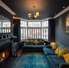 Best Front Room Ideas Of 20 Exotic Dark Living Room Design Ideas - Home Interior Design Dark Living Rooms, New Living Room, Dark Rooms, Small Living, Modern Living, Cozy Living, Living Room Decor Blue Sofa, Lights For Living Room, Colour Schemes For Living Room
