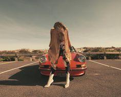 Vintage 911. www.carandvintage.com By @officialmariami