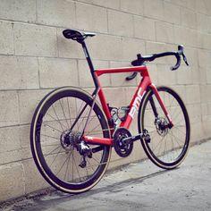 Road Cycling, Cycling Bikes, Power Bike, Bike Kit, Custom Cycles, Touring Bike, Mtb Bike, Super Bikes, Bicycling