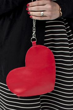 Valentine's Day DIY Heart Wrist Bag Tutorial | Transient Expression