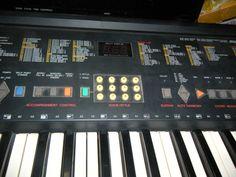 yamaha psr-82 vintage keyboard synth piano tested portatone 61 keys musical Instrument organ piano