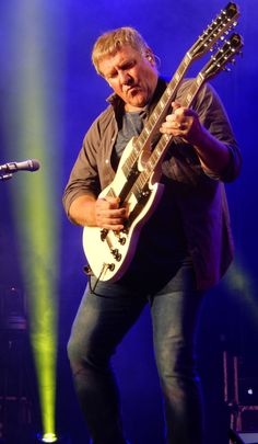 """Rush Live Anniversary"""" Tour Pictures - Verizon Wireless Amphitheatre at Encore Park - Atlanta (Alpharetta), Georgia - May 2015 Great Bands, Cool Bands, Rush Music, Rush Concert, Rock And Roll Bands, Rock Roll, A Farewell To Kings, Rush Band, Alex Lifeson"""