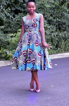 African Print- Dress Audrey Hepburn (RETRO) Style Dresses by Jaalyi on Etsy African Inspired Fashion, African Print Fashion, Fashion Prints, African Print Dresses, African Dress, African Wear, African Style, African Fabric, Modern African Clothing