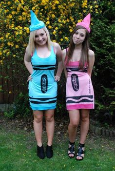 good twin halloween costumes for 12 year old girls Twin Halloween, Diy Halloween Costumes For Women, Scary Costumes, Fete Halloween, Cute Costumes, Halloween Outfits, Costume Ideas, Group Halloween, Easy Halloween