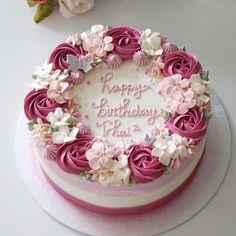 Cake Decorating – The Wedding Cake Birthday Cake With Photo, Birthday Cake With Flowers, Birthday Cakes, Flower Birthday, Birthday Ideas, Birthday Gifts, Pretty Cakes, Beautiful Cakes, Flower Cake Design