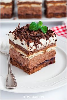 Ciasto Hawanka - I Love Bake Tasty Chocolate Cake, Chocolate Party, Decadent Chocolate, Polish Desserts, Polish Recipes, Food Cakes, Yummy Cakes, No Bake Cake, Delicious Desserts
