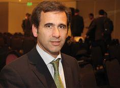 """Entrevista con Juan Bosch, presidente de SAESA en Revista Petroquímica. """"Está pendiente una norma que facilite la firma de contratos de energía renovable entre privados"""""""