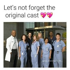 greys anatomy quotes Karev is missing from photo Greys Anatomy Frases, Greys Anatomy Funny, Greys Anatomy Cast, Grey Anatomy Quotes, Opposite Of Dark, Grey's Anatomy Wallpaper, Greys Anatomy Episodes, Grey Quotes, Red Band Society