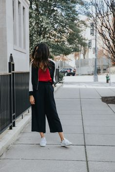 Culottes are something that I've been seeing everywhere lately...The high waist makes it easy to pair with anything // Disco Daydream Blog @DiscoDaydream