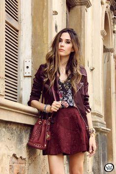 . blusa|top: Antix jaqueta|jacket: Caos saia|skirt: Romwe bolsa|bag: Lilly's Closet bota|boots: Dafiti .   Não é novidade que amo looks burgundy, especialmente quando misturado a outras cores e t...