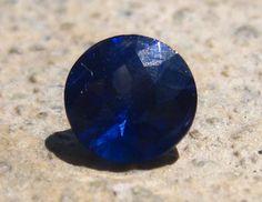 0.84 Carat Cornflower Blue Sapphire by JuliaBJewelry on Etsy
