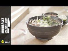 Asijská polévka Pho Bo - Roman Paulus - Kulinářská Akademie Lidlu Pho Bo, Serving Bowls, Roman, Cabbage, Vegetables, Tableware, Kitchen, Youtube, Food