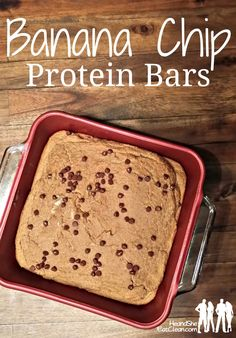Banana and Chocolate Chip Protein Bars with no added sugars. these are perfect for clean eating and gluten-free diets. http://papasteves.com