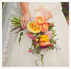 Photo: W.Scott Chester | Flowers and Decor: Amy Osaba | Published: Weddings Unveiled and 100 Layer Cake