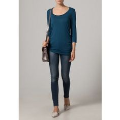 Mamalicious Tico Nell 3/4 Nursing Top - perfect for autumn and under £20 delivered.