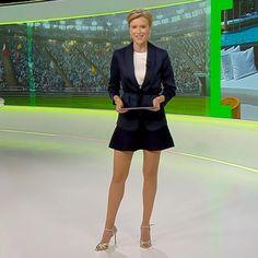 More on tvmagia.ro News Anchor, Beautiful Legs, Style, Fashion, Ants, Swag, Moda, Stylus, Fashion Styles