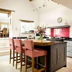 Take a tour around a Shaker-style kitchen Grey Shaker Kitchen, Grey Painted Kitchen, Shaker Style Kitchens, Kitchen Paint, Kitchen Design, Breakfast Bar Kitchen, Breakfast Bars, Devol Kitchens, Kitchen Photos