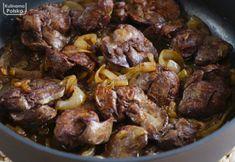Wątróbka klasycznie smażona z cebulką. Dwie zasady, aby była rumiana i soczysta. PRZEPIS Beef, Food, Meat, Meals, Ox, Yemek, Eten, Steaks, Steak