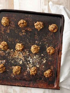We've brought a legend up to date for the century! Meatless balls made with Pulled Oats® is the dish your whole family will love and they are a great savory cold snack too. Vegetarian Recipes Easy, Healthy Recipes, Healthy Food, Oats Recipes, Fried Onions, Everyday Food, The Dish, Us Foods, Main Dishes