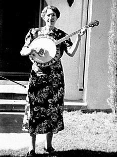 Myrtle B. Wilkinson plays tenor banjo, Turlock, California, 1939.  (WPA California Folk Music Project Collection. Photographer unknown)