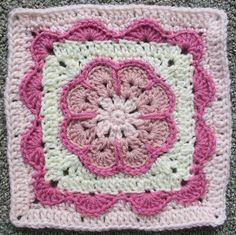 Ravelry runningyogini s pink lemonade swap sending Crochet Square Blanket, Crochet Ripple, Crochet Blocks, Granny Square Crochet Pattern, Crochet Flower Patterns, Crochet Stitches Patterns, Crochet Round, Crochet Squares, Crochet Motif