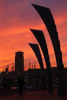 Real Estate Oi Barcelona ofrecemos Excelencia!! Agencia inmobiliaria de lujo en Barcelona, España .