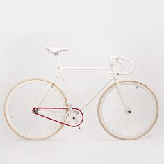 Details we like / Single Speed / Red Chain / White Frame / Clean / Urban / at Design Binge