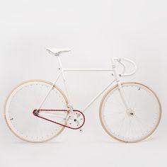 Details we like / Single Speed / Red Chain / White Frame / Clean / Urban / at Design Binge