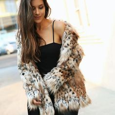 All about the FAUX Fur👌🏼 over on www.andeelayne.com today! Sharing Ten killer Faux Fur options at all price points 🖤 @liketoknow.it http://liketk.it/2tlHh #liketkit