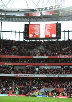 5-2 to the #Arsenal for the second time in 2012.