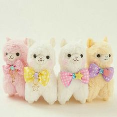 Alpacas with bows! Alpacas with bows! Alpacas, Kawaii Shop, Kawaii Cute, Kawaii Stuff, Kawaii Things, Kawaii Alpaca, Desu Desu, Tsumtsum, Cute Stuffed Animals