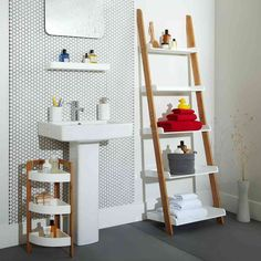 New Post ladder shelf for bathroom