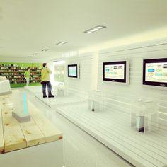 Ideas de #Tienda, estilo #Contemporaneo color  #Verde,  #Blanco,  #Bronce, diseñado por AG Interiorismo  #CajonDeIdeas