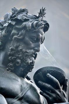 Sculpture ( Neptune?) / author?