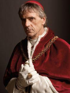 1492  Rodrigo Borgia wordt tot paus gekozen. Hij is de neef van wijlen paus Calixtus III.