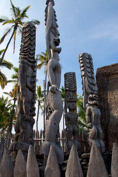 Pu'uhonua o Honaunau National Historical Park, Hawaii by D-Niev, via Flickr