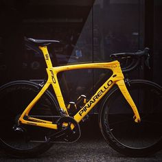 Only the best for four-time Tour de France winner Chris Froome @pinarello_official F4OOMEY TDF2017